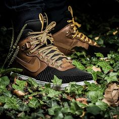 Nike Lunar Force 1 Duckboot (braun / schwarz) - 43einhalb Sneaker Store Fulda