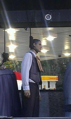 Right outside the NC State fair at Raleigh, a hung Obama!  http://sphotos-b.xx.fbcdn.net/hphotos-prn1/36298_10151463172657656_615466267_n.jpg