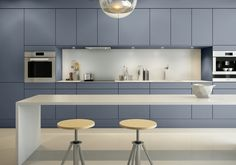 A la Carte -keittiöt Neve Farmhouse Style Kitchen, Kitchen Dining, Contemporary Kitchen Cabinets, Kitchen Cabinet Colors, Scandinavian Kitchen, Küchen Design, Cabinet Design, Kitchen Styling, Interior Design Kitchen