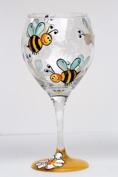 Items similar to whimsical bumble bee / white flower wine glass on Etsy Decorated Wine Glasses, Hand Painted Wine Glasses, Wine Glass Crafts, Bottle Crafts, Wine Glass Designs, Glass Painting Designs, Wine Bottle Art, Wine Bottles, Wine Decanter