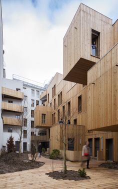 Tête en l'air KOZ architectes Social housing (construction 100 % wood) in Paris (new 15 and 15 rehabilitated) in Paris