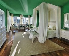 Green and white bedroom - so fresh