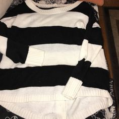 Striped Top NWOT Never worn! Awesome condition cleaning out the closet the buttons go in the back and the back is also a little longer  AB Studio Tops