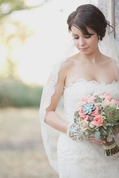 Romantic Pastel Wedding: Bride