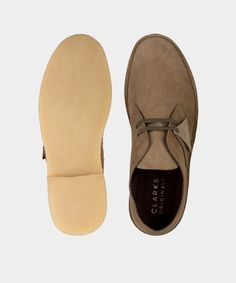 Clarks Desert Boot In Light Olive Suede - Todd Snyder. Clarks Desert Boot, Clarks Boots, Desert Boots, Rock The Casbah, Todd Snyder, Green Lace, Up Styles, Off Duty, Fashion Boots