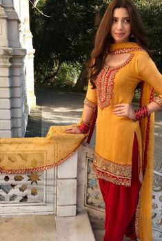 19 Looks By Pakistani Actresses That Will Inspire You For Dressing Up This Shaadi Season Pakistani Fashion Party Wear, Indian Fashion Dresses, Dress Indian Style, Indian Designer Outfits, Indian Outfits, Indian Clothes, Beautiful Pakistani Dresses, Pakistani Dresses Casual, Pakistani Dress Design