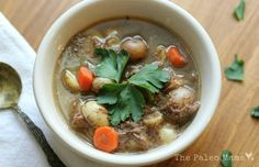 This delicious Oxtail Soup recipe made from grass-fed beef will not leave you disappointed! Try it for yourself and see how simple and tasty oxtail can be! http://thepaleomama.com/2015/02/oxtail-soup/