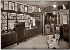 Waldman's Record Shop in New York City in May 1921. The store displayed hand cranked phonographs and sold 78 RPM recordings.There were listening booths in the back.The shop was decorated with the Victor Records' mascot (Nipper) and photos of the top recording artists of the day, including Enrico Caruso.