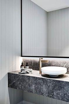Modern Bathroom Have a nice week everyone! Today we bring you the topic: a modern bathroom. Do you know how to achieve the perfect bathroom decor? Minimalist Bathroom, Modern Bathroom, Small Bathroom, Master Bathroom, Marble Bathrooms, Bathroom Vanities, Relaxing Bathroom, Bathroom Ideas, Washroom