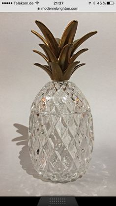 Stunning Crystal glass pineapple caddy in excellent condition. Pineapple Ice Bucket, Christmas Bulbs, Vase, Crystals, Holiday Decor, Home Decor, Decoration Home, Christmas Light Bulbs, Room Decor