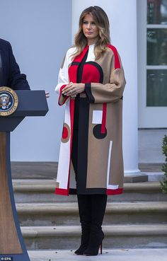 Melania Trump participated in the pardoning of turkeys at the White House in an art deco-style Dior coat with Christian Louboutin boots. Iranian Women Fashion, Womens Fashion, Hijab Fashion, Fashion Dresses, Fashion Boots, First Ladies, Rm 1, Mode Mantel, First Lady Melania