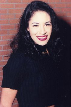 Selena | Selena backstage at her popular Corpus Christi conc… | Flickr
