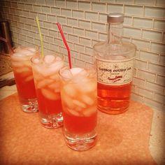 Saffron gin, cava & ruby red grapefruit juice. Sip o' sunshine.