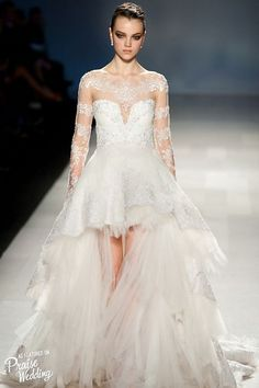 pavoni hi low wedding dress with long sleeves / http://www.himisspuff.com/high-low-wedding-dresses/