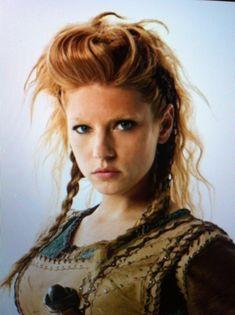warrior hairstyles female - Google Search Medium Hair Styles, Short Hair Styles, Viking Images, Short Hair For Boys, Hair Meme, Steampunk Hairstyles, Peruvian Hair, School Fashion, Hair Designs