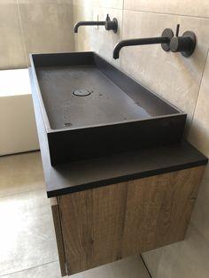 Bathroom Toilets, Bathroom Renos, Basement Bathroom, Entryway Wall Decor, Diy Room Decor, Kitchen Island With Sink, Beton Design, Wet Rooms, Modern Bathroom Design