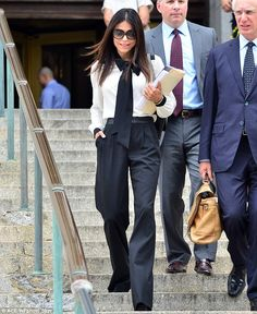Bethenny Frankel and Jason Hoppy were back in Manhattan Supreme Court in New York on Thursday wrangling about the division of assets as their contentious divorce proceedings continued, according to the Daily News. Business Chic, Business Outfits, Fall Outfits, Fashion Outfits, Work Outfits, Womens Fashion, Jason Hoppy, Court Outfit, Divorce Court