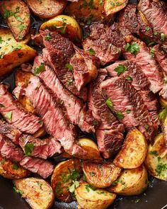Garlic Butter Steak and Potatoes Crispy potatoes and tender steak are seared in a cast-iron skillet and finished with a garlic-herb butter. - This cast iron skillet steak and potatoes in a garlic-lemon-parsley sauce is a total weeknight win. Steak Potatoes, Skillet Potatoes, Crispy Potatoes, Meat And Potatoes Recipes, Cheesy Potatoes, Golden Potato Recipes, Butter Potatoes, Steak Butter, Carne Asada