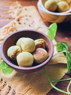Receita fácil e saudável de pão de batata doce com açafrão - Casa Vogue | Colunas Pretzel Bites, Potatoes, Vogue, Bread, Vegetables, Food, Sweet Potato Mash, Columns, Cooker