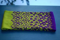 Ravelry: Fractured Fairy Tale Cowl pattern by Mary Annarella