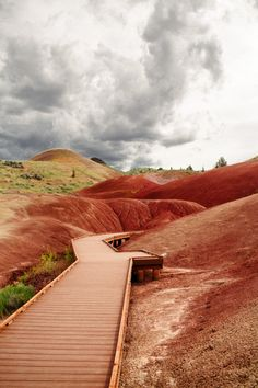 A Guide To The Painted Hills Oregon: Need To Know Travel Tips + Map Oregon Coast Roadtrip, Oregon Vacation, Oregon Road Trip, Oregon Travel, Travel Usa, Travel Tips, Travel Portland, Beach Travel, Budget Travel