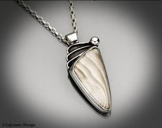 Hey, I found this really awesome Etsy listing at https://www.etsy.com/listing/87689329/elusive-flint-necklace