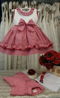 Girls Red Gingham Dress Baby Girl Dress Toddler by TootandPuddle Frocks For Girls, Kids Frocks, Little Dresses, Little Girl Dresses, Girls Dresses, Frock Patterns, Girl Dress Patterns, Fashion Kids, Toddler Dress