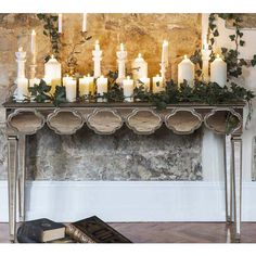 Alameda Mirrored Console Table. #Frenchbedroomcompany #Frenchbeds #Romance