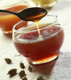 Σάλτσα καραμέλα με ανανά, κάρδαμο και μέλι | Γιάννης Λουκάκος