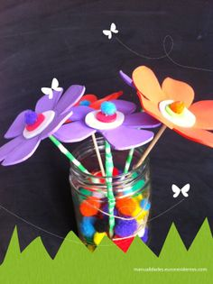 Flowers, Html, Infant Crafts, Bee Hives, Felt Ball, Ice Cream Sticks, School Projects, Florals, Flower