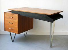 :: Bureau - Cees BRAAKMAN - Pastoe, ca. 1950. :: Desks, Office Desk, Modern Furniture, Dutch, Mid Century, Inspiration, Home Decor, Desk, Furniture