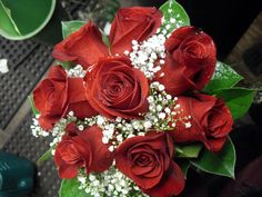 Red roses bouquet flower arrangement for wedding
