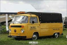 Kombi Pick Up, T4 Caravelle, Volkswagen Bus, My Passion, Van Life, Buses, Cars And Motorcycles, Classic Cars, Wheels