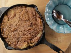 Get this all-star, easy-to-follow Skillet Apple Crisp recipe from Ree Drummond