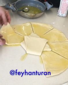 Turkish Delight, Iftar, Turkish Recipes, Camembert Cheese, Tea Time, Food And Drink, Cooking Recipes, Yummy Food, Meals