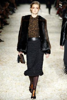 Tom Ford Fall 2015 Ready-to-Wear getting some vintage vibes from this one and i like it