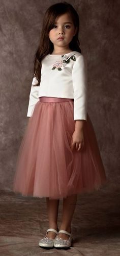 Must Have of the Day: Haute kids Couture by Dorian Ho Kids Outfits Girls, Little Girl Dresses, Girl Outfits, Girls Dresses, Girls Shoes, Couture Skirts, Skirts For Kids, Frock Design, Kids Fashion