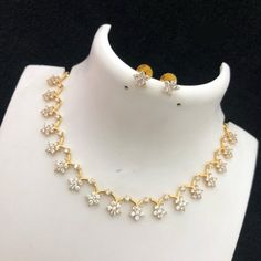 Flower Pattern Short Necklace - August 24 2019 at Diamond Necklace Set, Diamond Jewelry, Ruby Necklace, Dimond Necklace, Pearl Jewelry, Pendant Jewelry, Jewelry Rings, Silver Jewelry, Silver Rings