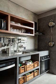 Home Kitchens, Small Kitchen Decor, Concrete Kitchen, Rustic Kitchen, Kitchen Design, Kitchen Inspirations, Home Decor Kitchen, French Kitchen Decor, Kitchen Interior