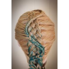 Five Strand Dutch Braid with a snake fishtail on top by @abellasbraids (instagram)