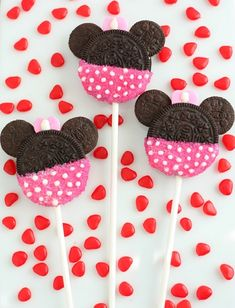 Cookie pops for a Minnie Mouse theme party!