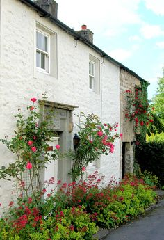 'The post-chaise slowed, and the hedges opened up to reveal a small cottage, surrounded by roses and a picket fence.' This pic - Lancashire, England Cozy Cottage, Cottage Style, Beautiful Buildings, Beautiful Landscapes, English House, English Cottages, Preston Lancashire, Storybook Cottage, England And Scotland