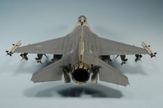 Tamiya 1/32 F-16CJ