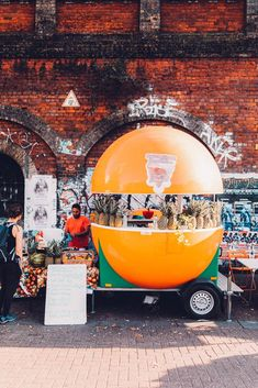 10 London Markets off the beaten track like this one in Hackney. Healthy Juice Recipes, Healthy Juices, Diet Recipes, Juice Diet, Juice Cleanse, Juice Smoothie, Hidden London, Afternoon Tea London, Great Fire Of London