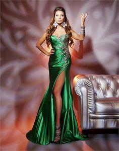 #TonyBowls 112752 green prom dress #promdress #FormalApproach #prom