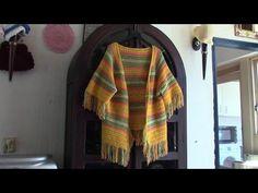 Haken - tutorial: Zomervest met V-hals en raglan mouwen Crochet Jacket, Crochet Poncho, Diy Crochet, Crochet Tops, Crochet Videos, Shawls And Wraps, Yarn Crafts, Crochet Clothes, Plaid Scarf