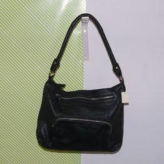 Cox női táska 8,990 Ft Méret: 34 x 26 cm Anyaga: Bőr Készlet: 1 db Cikkszám: 438