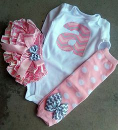 Newborn Baby Girl Take Home Outfit, LONG or SHORT SLEEVE, Personalized Initial, Satin Bloomers, Leg Warmers and Chevron Onesie, diaper cover