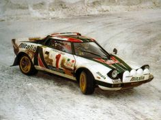 Lancia Stratos drifting in the snow