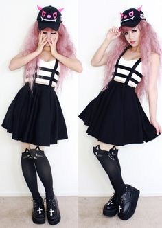 Kawaii Girl with Pastel Goth Look with Black skirt, Cat leggings and Creepers shoes with Cross - http://ninjacosmico.com/25-pastel-goth-looks-inspire/8/